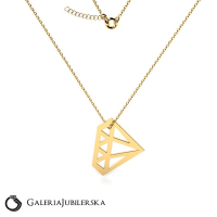 Marvelous gold necklace with diamond charm